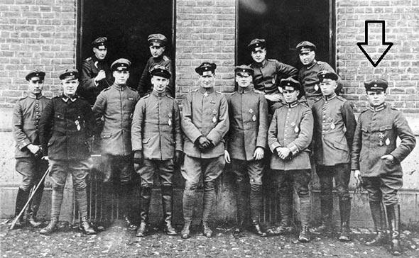 פריץ בקהרדט וחבריו לטייסת, צילום: Bundesarchiv