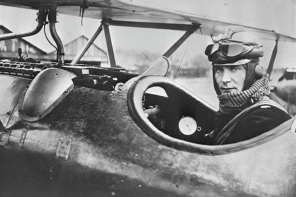 גרינג במטוסו, צילום: גטי אימג