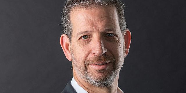 """אודי סורקיס, מנכ""""ל טלרון, יבואנית VARTA, צילום: מולי נעים"""