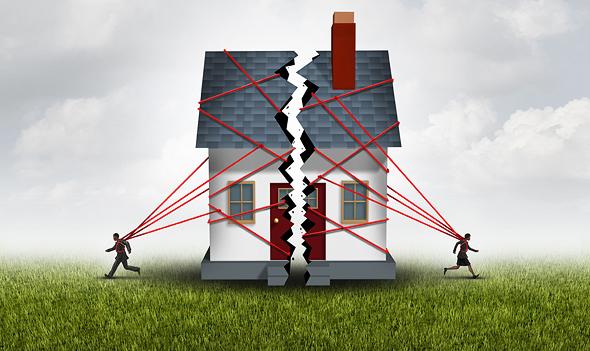 להמתין לעסקה עם זוגות מתגרשים – ניצול ציני של מצבם וטעות חברתית