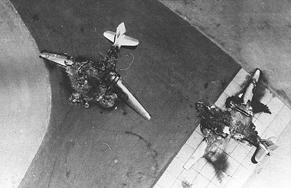 """קשה להעלות מטוסים לאוויר כשצה""""ל משמיד אותם על הקרקע, צילום: לע""""מ (CC BY-SA 4.0)"""