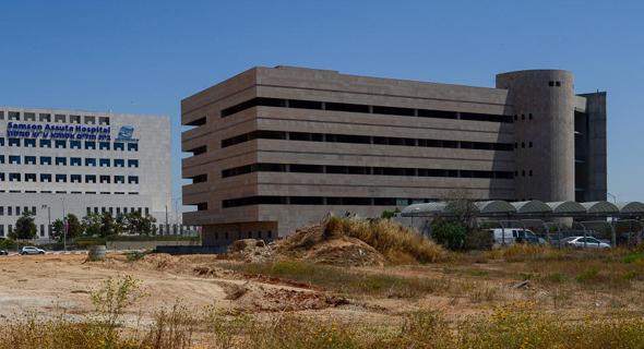הבניין הנטוש ליד בית החולים אסותא באשדוד