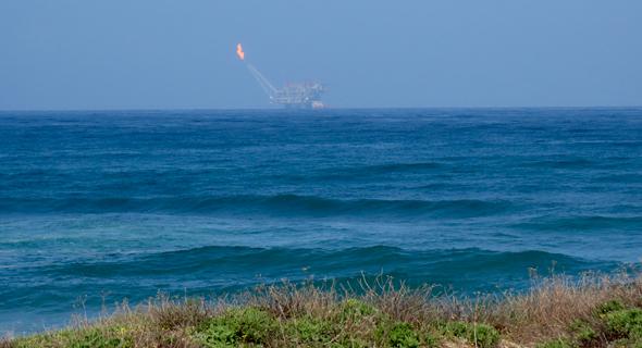 הדלקת הלפיד באסדת לווייתן, צילום: נובל אנרג