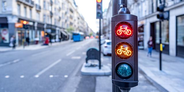 רוכבים על אופניים או קורקינט? בקרוב יהיה לכם רמזור אדום-צהוב-ירוק