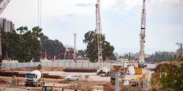"""""""2,000 מיזמי בנייה נעצרו בגלל קשיים מימוניים"""""""