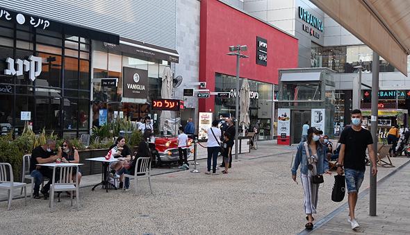 מתחם קניות ביג פאשן