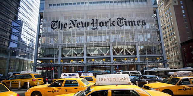 ניו יורק טיימס מכרה את חלקה האחרון בליברפול ובבוסטון רד סוקס