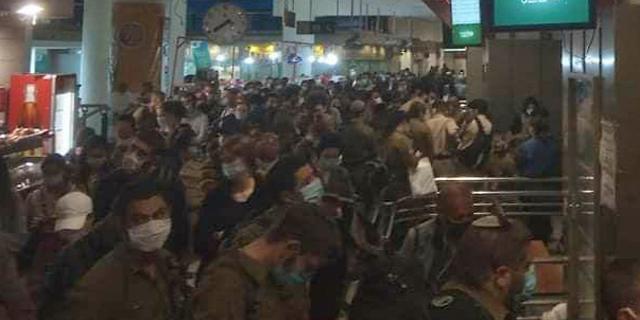 צפיפות בתחנה המרכזית בירושלים  היום