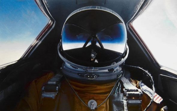 טייס A12 באוויר, צילום: USAF