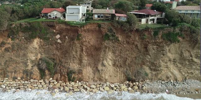 המצוק המתפורר בבית ינאי, צילום: החברה הממשלתית להגנות מצוקי חוף הים התיכון