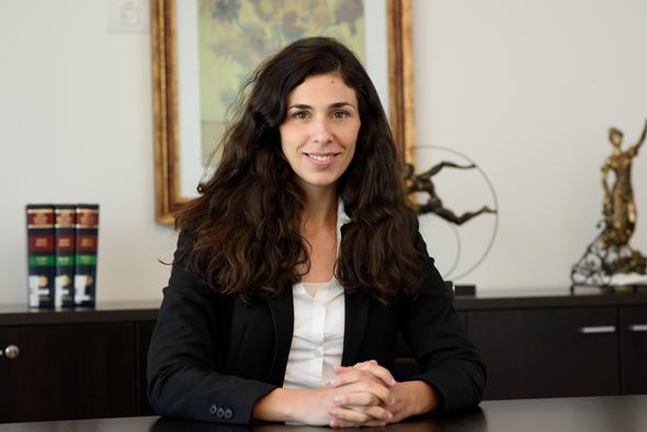 """הילה ארנרייך, החברה הממשלתית להגנת מצוקי הים התיכון: """"אם יש אזור שמדיר שינה מעיניי, זה ללא ספק בית ינאי. סכנה לחיי אדם היא רק שאלה של מתי"""""""