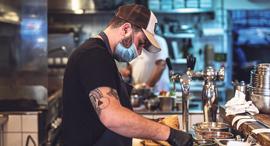 פנאי שירות משלוחים מסעדת המזנון אייל שני, צילום: אריאל עפרון