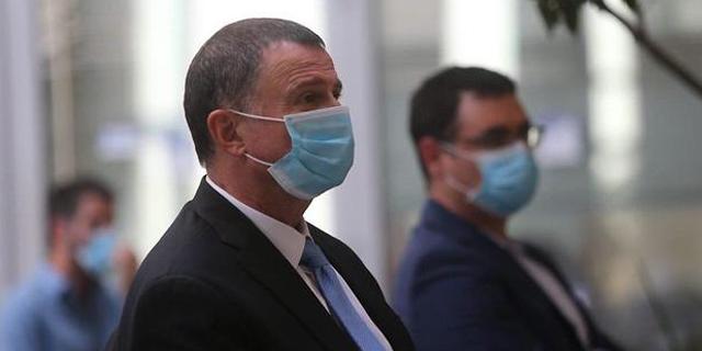 משרד הבריאות יתיר התקהלות של עד 50 איש גם במבנה סגור