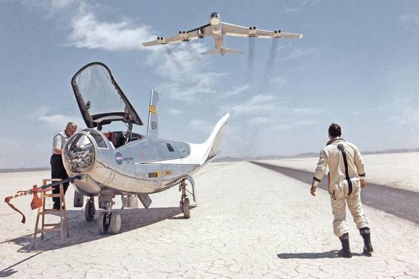 מטוס ה-HL10 של נורת