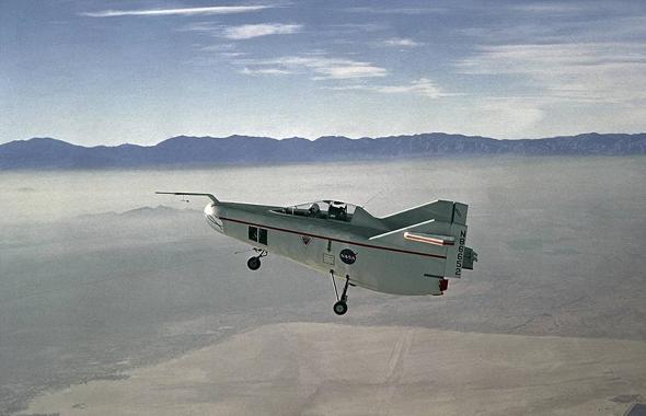 מטוס עילוי גוף ראשון, M2F1, צילום: NACA