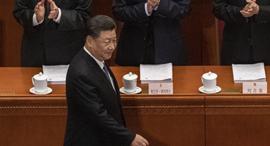 סין שי ג'ינפינג ב פרלמנט הסיני לא עוטה מסכה קורונה , צילום: גטי