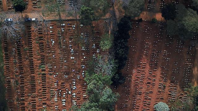 הרחבת בית קברות בסאו פאולו, ברזיל, צילום: רויטרס