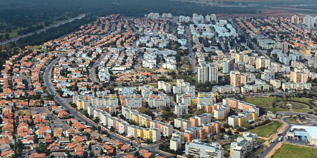קריית גת. ראש העיר מלין על עצירת השקעה בתשתיות, בבניית מוסדות ציבור וחינוך ובתוכניות התחדשות עירונית, צילום: ויקיפדיה