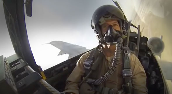 איך מנחיתים מטוס שכמעט לא ניתן לשלוט בו?, צילום: USAF