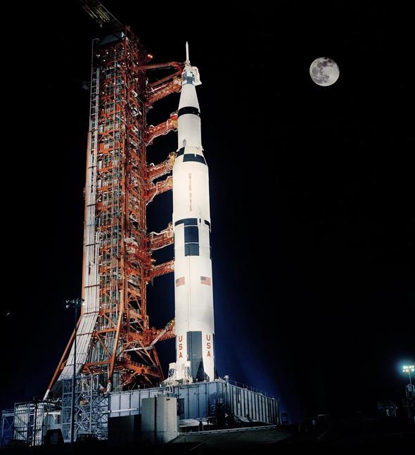 אפולו 17 לפני המראה מקן השיגור, 1972