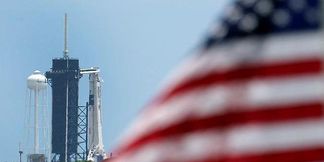 הפלקון 9 על המשגר, צילום: איי פי