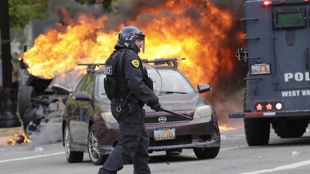 """המהומות בארה""""ב בעקבות מותו של ג"""