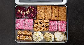 ממתקים ממזרח ירושלים שנמכרים במיזם. , צילום: יעל אילן