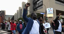 """מהומות בארה""""ב, צילום: רויטרס"""