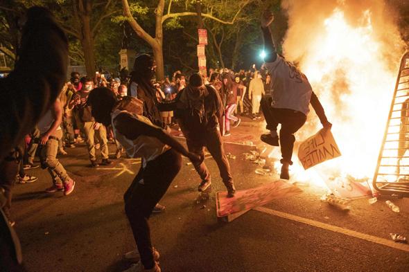 מחאות מול בית הלבן , צילום: אי.אף.פי