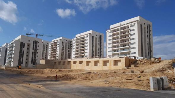 בנייה בעיר חריש