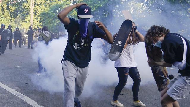 הפגנות ליד הבית הלבן, וושינגטון, צילום: AFP