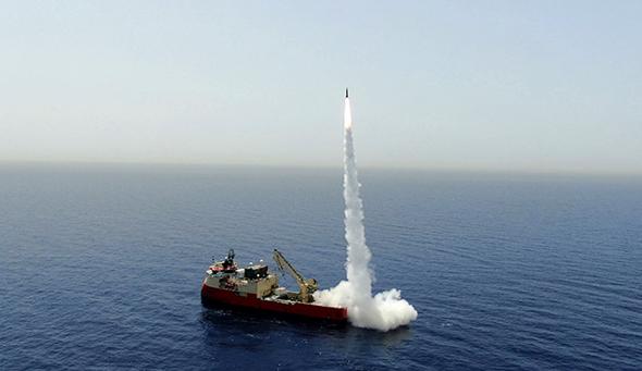 """ניסוי שיגור טיל """"לורה"""" מלב ים"""