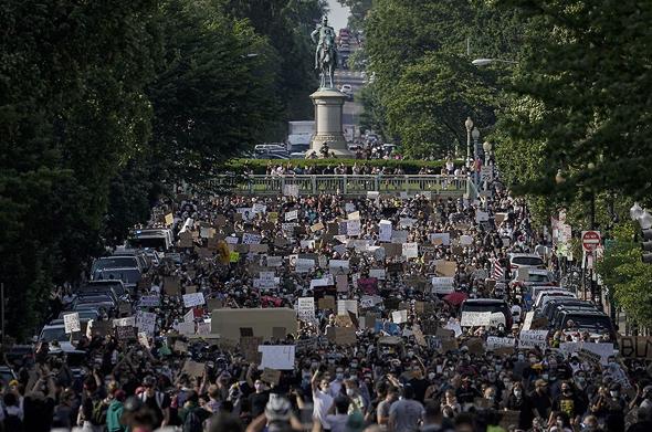 """הפגנות הענק בארה""""ב, הלילה, צילום: גטי אימג"""