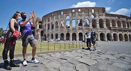 רומא קולוסיאום איטליה תיירות נפתחת קורונה, צילום: איי אף פי