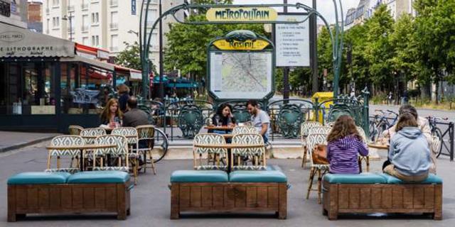 בית קפה בפריז, השבוע, צילום: גטי אימג