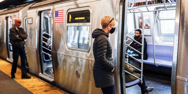 הרכבת התחתית בניו יורק בסכנת קריסה בגלל גירעון של מיליארדי דולרים