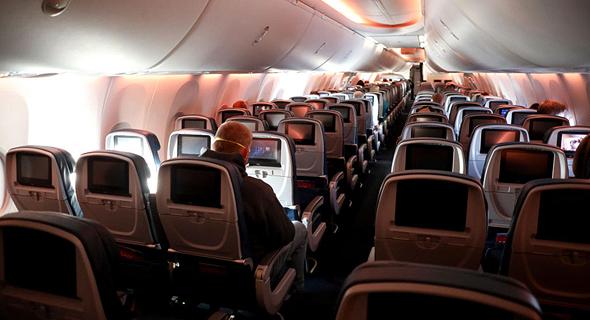 """מטוס דלתא ב ארה""""ב כמעט ריק קורונה 20.4.20, צילום: אם סי טי"""