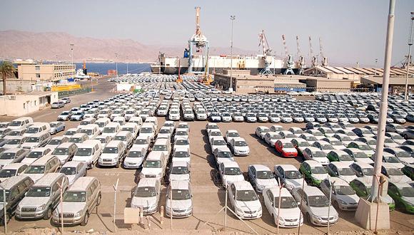 כלי רכב בנמל אילת, צילום: יוסי דוס סנטוס