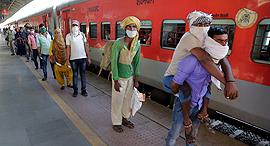 רכבת בהודו, צילום: איי פי