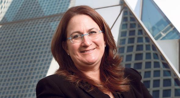 """דנה עזריאלי, בעלת השליטה בקבוצת הנדל""""ן המסחרי"""