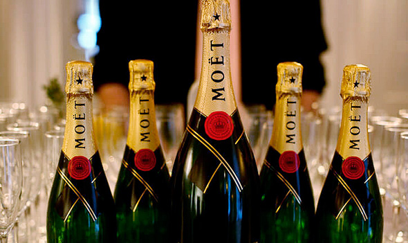 שמפניה moet