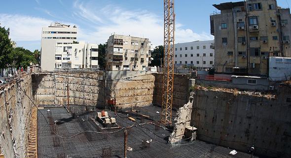 אתר בנייה של מגדל פרישמן 46 תל אביב, צילום: אוראל כהן