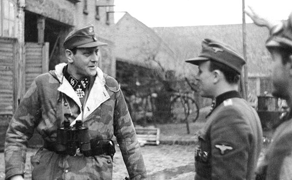 אוטו סקורציני, בימים בהם לא היה מדמיין שיעבוד עבור יהודים