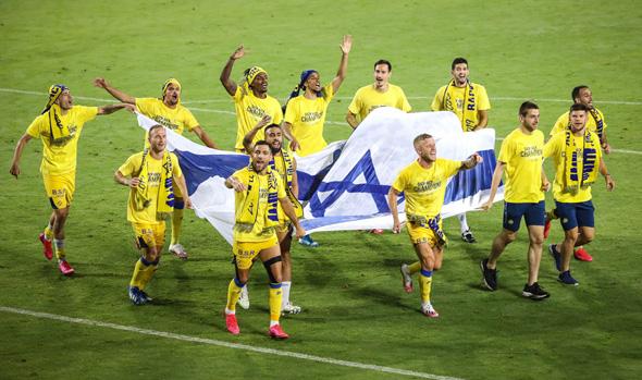 חגיגות האליפות של מכבי תל אביב, צילום: עוז מועלם