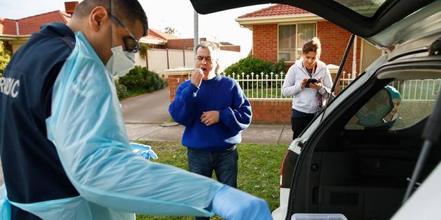 בדיקות קורונה באוסטרליה, צילום: EPA