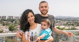 ענבל גיל ושגיא (התינוק) קופרשטיין , צילום: אוראל כהן