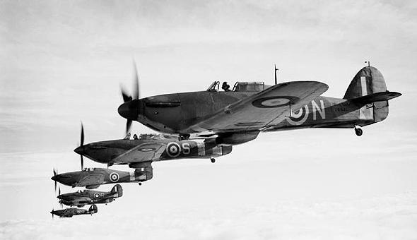 מטוסי הוקר הארקיין בריטיים בימי הקרב על בריטניה