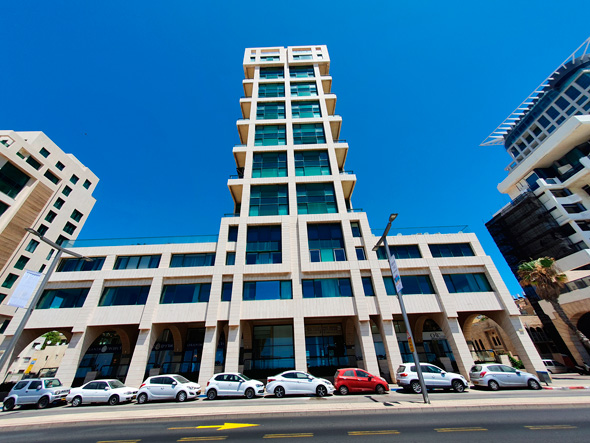 מגדל ברחוב הרב קוק 2 תל אביב ליד הטיילת אורנים פרויקטים, צילום: אוראל כהן