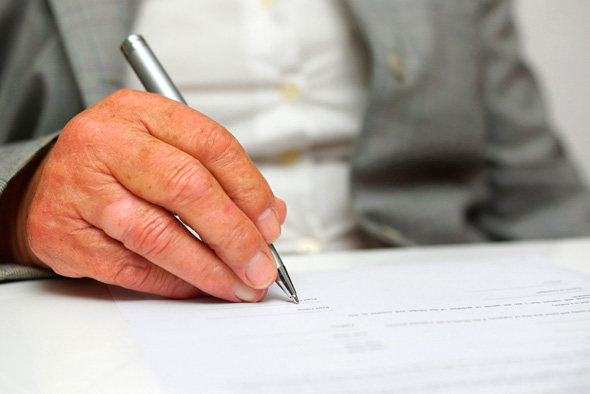 Filling out forms is part of launching a startup. Photo: Shutterstock