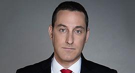 ברק רביד עיתונאי והכתב המדיני של חדשות 13, צילום: עדי אורני